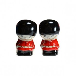 London Guardsman Cruet Set