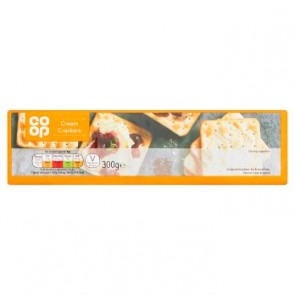 Co Op Cream Crackers - Large